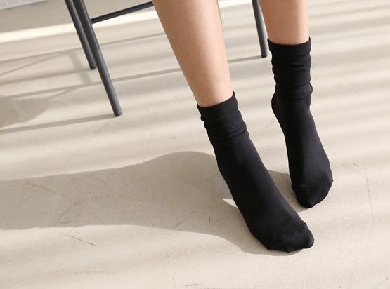 黑色的长筒袜(1 + 1)