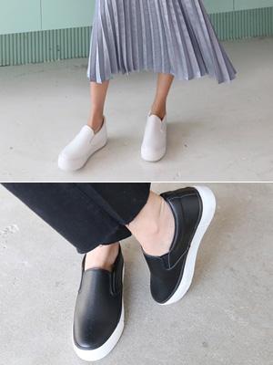 皮革无辄松紧帆布鞋(3.5厘米)