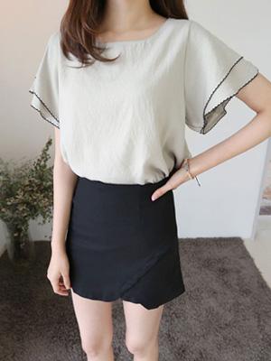 生锈的绣花女衬衫