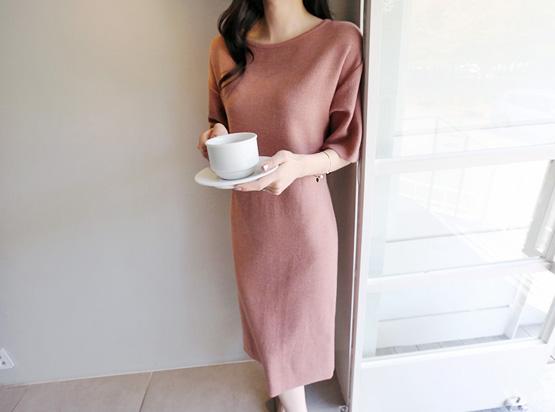 女针织衫连衣裙