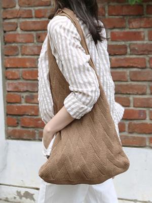 Saloon针织包