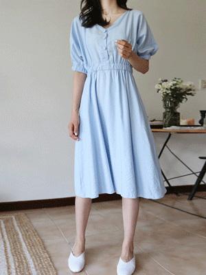 苏打波组/喇叭裙连衣裙