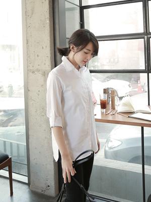 四舍五入白色衬衫