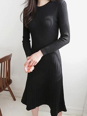 或波浪群/喇叭裙针织衫连衣裙