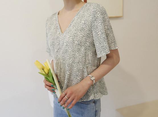 茉莉花花胡椒女人衬衫